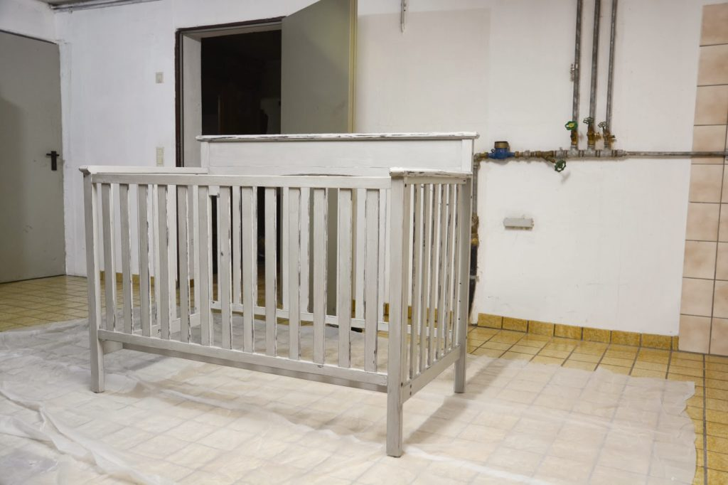 How To Paint A Baby Crib With Annie Sloan Chalk Paint